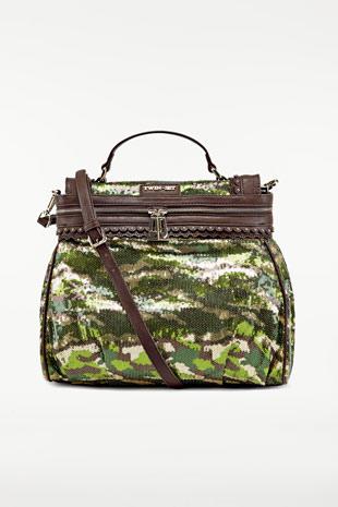 ... sono queste le linee e le caratteristiche della nuova collezione borse  per la primavera estate 2014 ideate dal brand cult Twin Set di Simona  Barbieri… b30180626b9