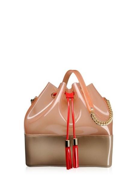 5277e13535 Kartell accessori moda: le borse in pvc di design | Modalab | Drezzy