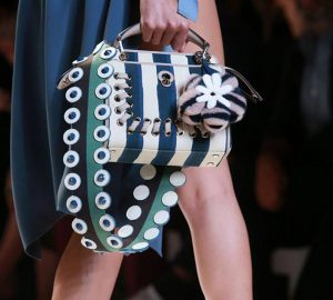 Tendenze inverno 2016: peluche bags