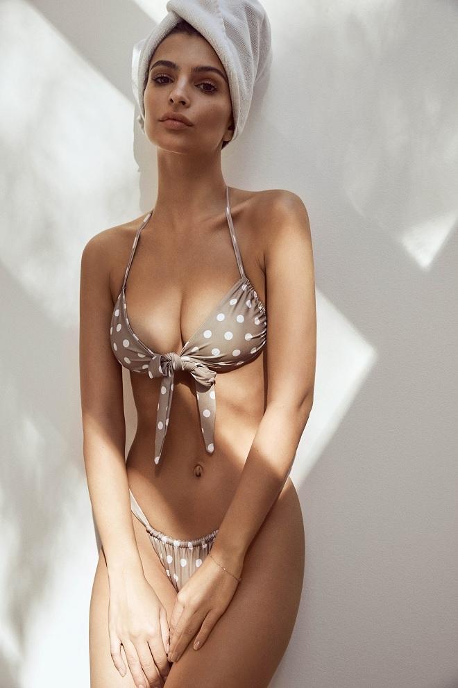 emily ratajkowski bikini a pois